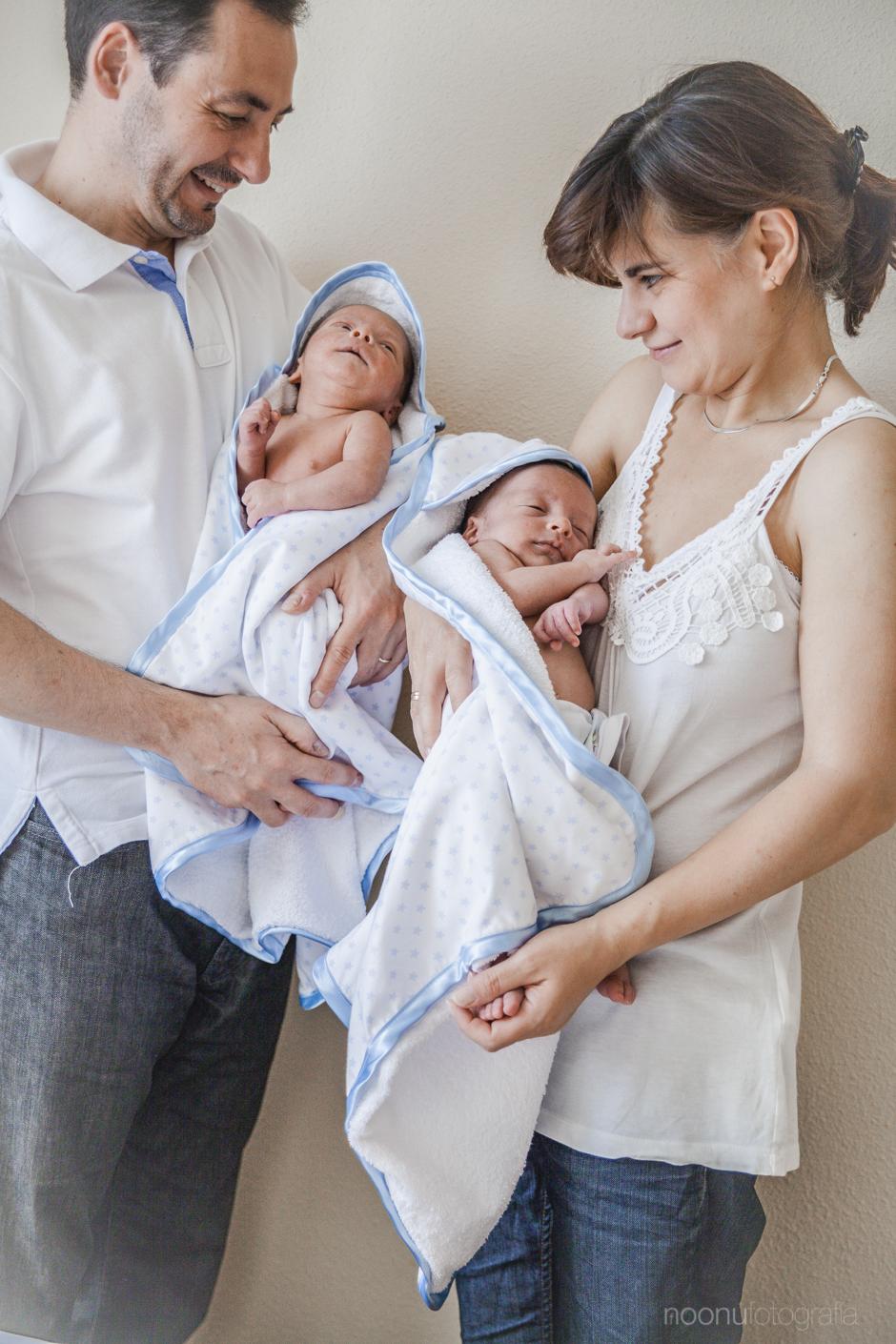 Noonu-fotografo-de-bebes-madrid-mellizos13