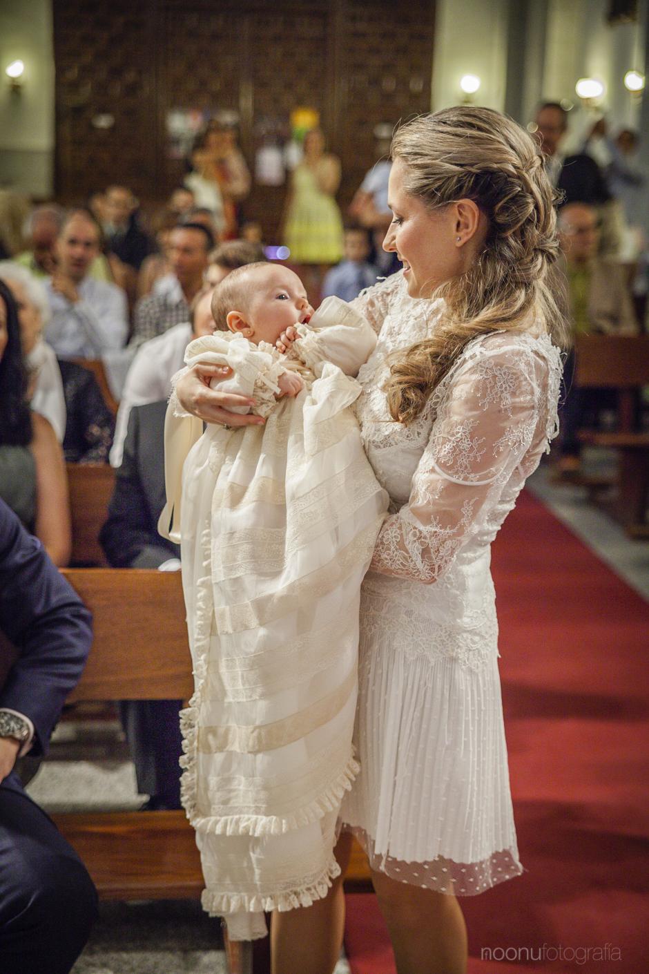 Noonu-fotografo-bautizo-madrid-Valentina 14